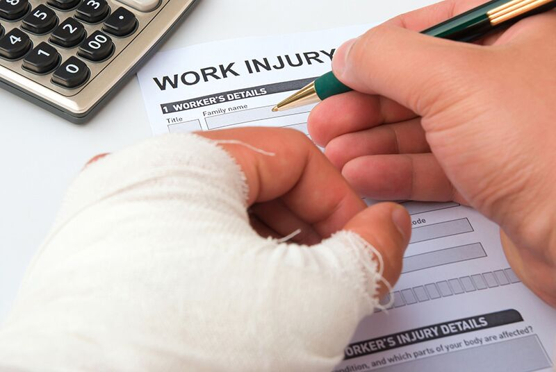 How Your Business Can Avoid Common Workers Comp Mistakes, suggestions to avoid common workers compensation insurance pitfalls