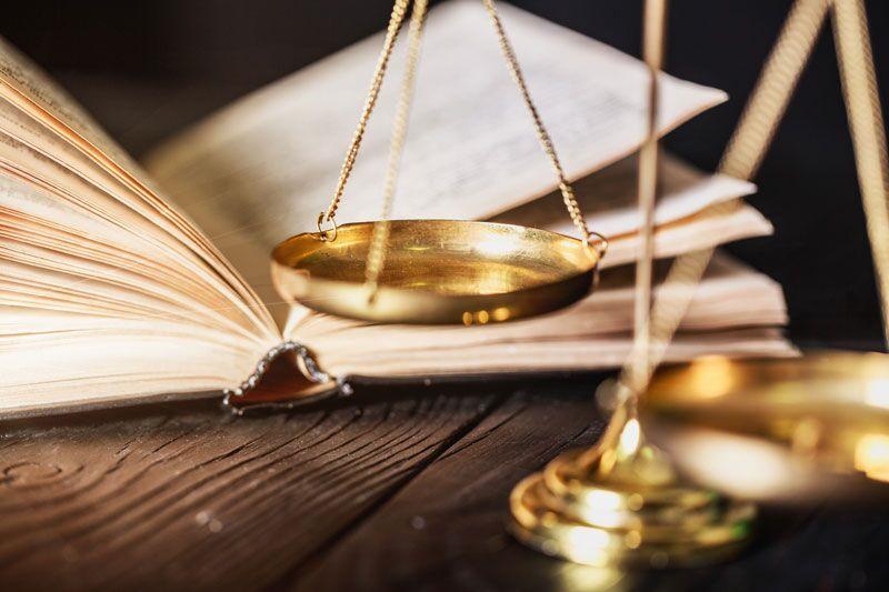 legal book and scale, EPLI coverage