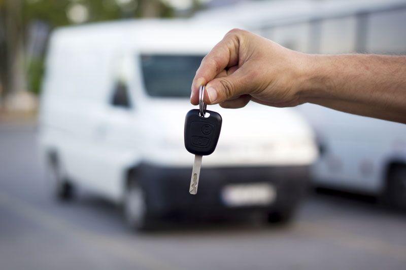 handing keys to company van, commercial auto insurance